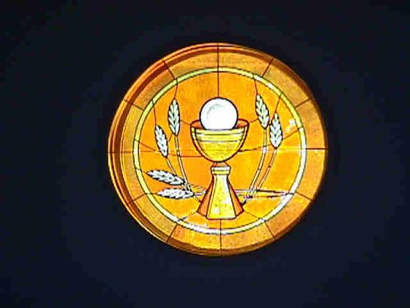 round_chalice host