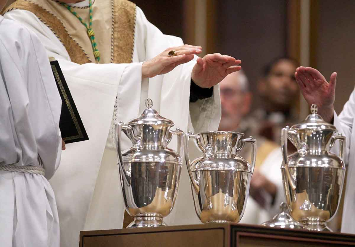 Watch The Chrism Mass Live! - The Southern Cross